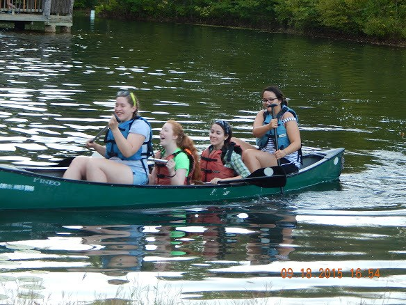 Maroons immersing themselves in Salem's outdoors and canoeing