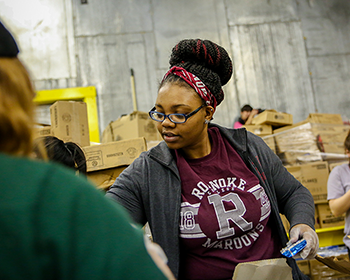 Roanoke, Hollins students served community together