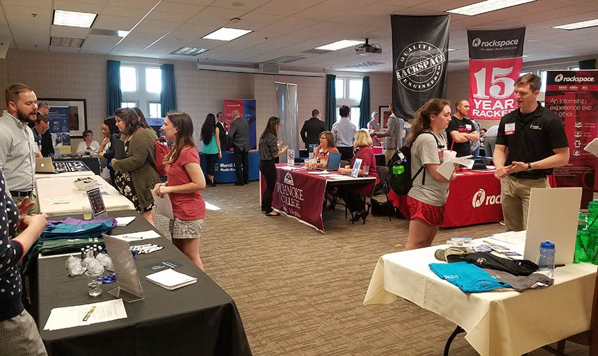 Maroon Connections - Student & Alumni Career Fair