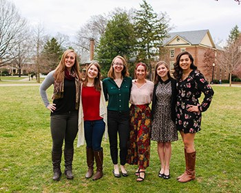 Record number of Roanoke students are Fulbright finalists