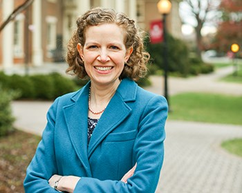 Dr. Henold receives Fulbright fellowship to Hungary