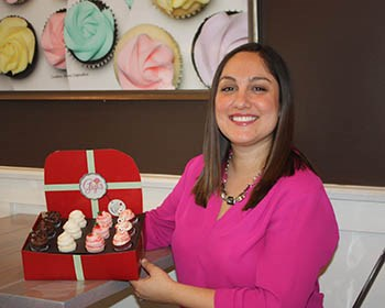Young opens cupcake business in Virginia Beach